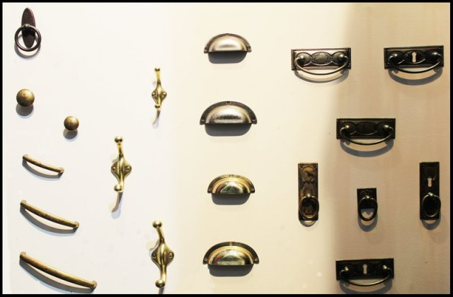 Styles cerrajeria y herrajes productos herrajes para - Tiradores y pomos para muebles ...